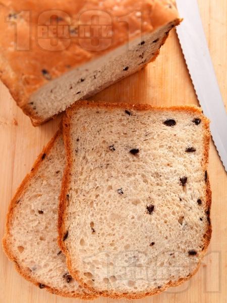 Хляб с маслини за хлебопекарна - снимка на рецептата